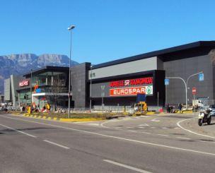 shopping-center-example12